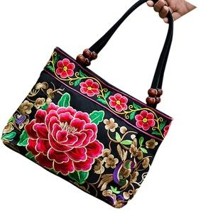 Handbags - Just In🌹 Embroidery Floral Bag